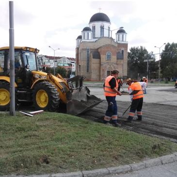 Обнављање раскрснице Булевара Слободана Јовановића и Булевара Јована Дучића