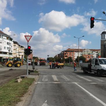 Поправка дела раскрснице булевара, Слободана Јовановића и Јована Дучића