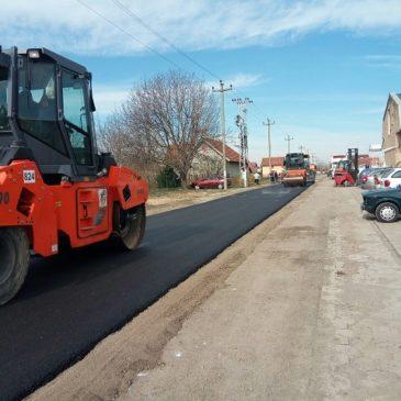 Асфалтирање туцаничких улица у Ветернику и Футогу